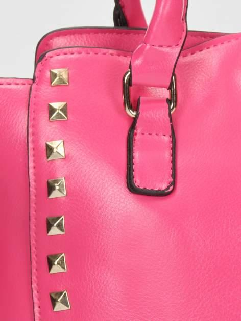 Różowa torebka na ramię z dżetami                                  zdj.                                  9
