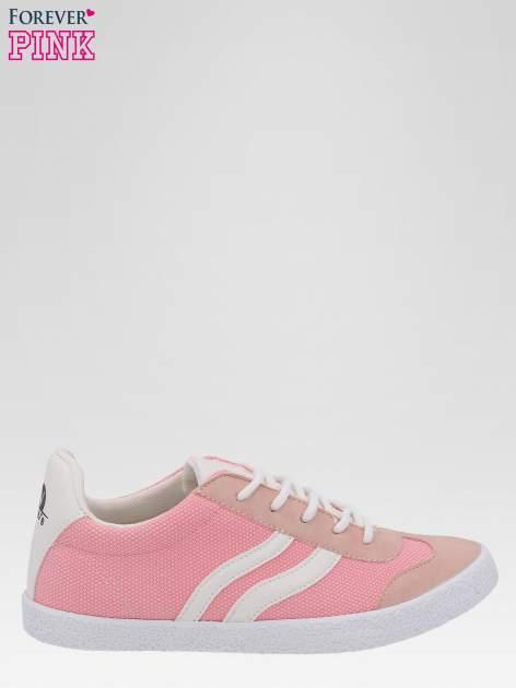 Różowe buty sportowe w stylu casual