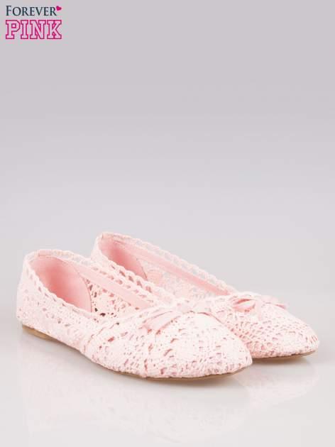Różowe koronkowe baleriny w stylu romantycznym                                  zdj.                                  2