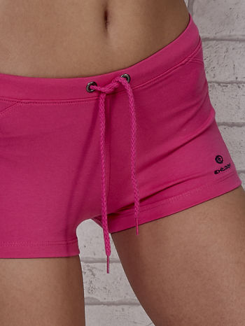 Różowe szorty sportowe z czarną wstawką                                  zdj.                                  6