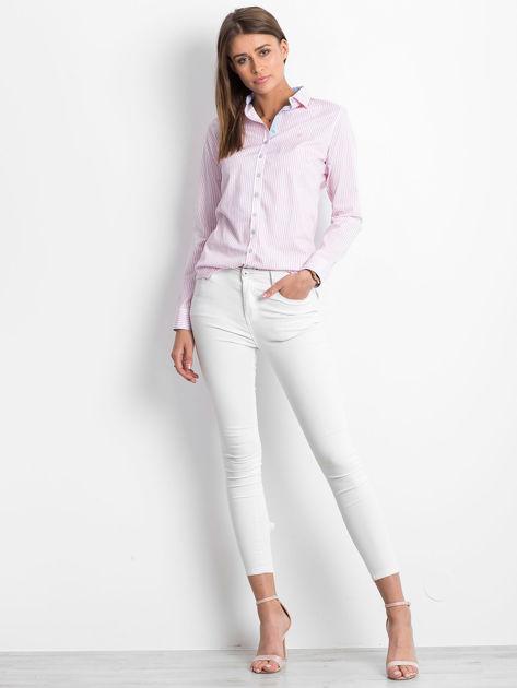 Różowo-biała koszula we wzór pasków                              zdj.                              4