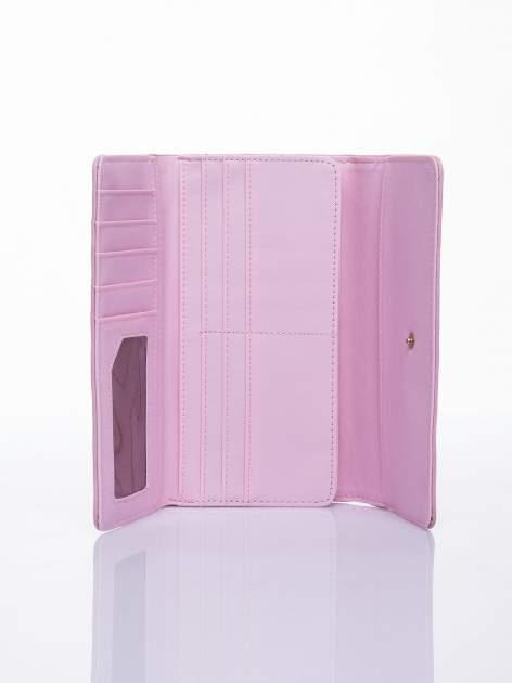 Różowy ażurowany portfel ze złotym suwakiem                                  zdj.                                  3