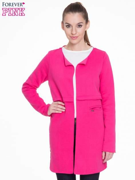 Różowy dresowy bluzopłaszczyk o pudełkowym kroju