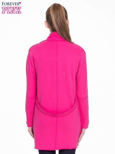 Różowy dresowy płaszcz o kroju oversize                                  zdj.                                  4