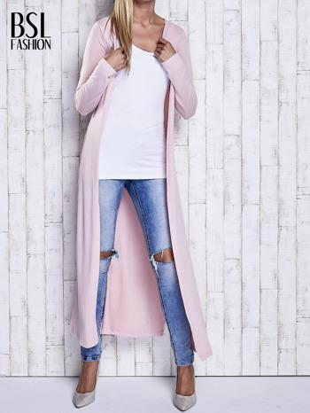 Różowy gładki sweter z otwartym dekoltem