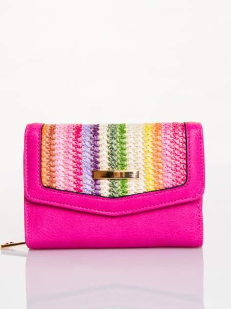 Różowy portfel z plecionką