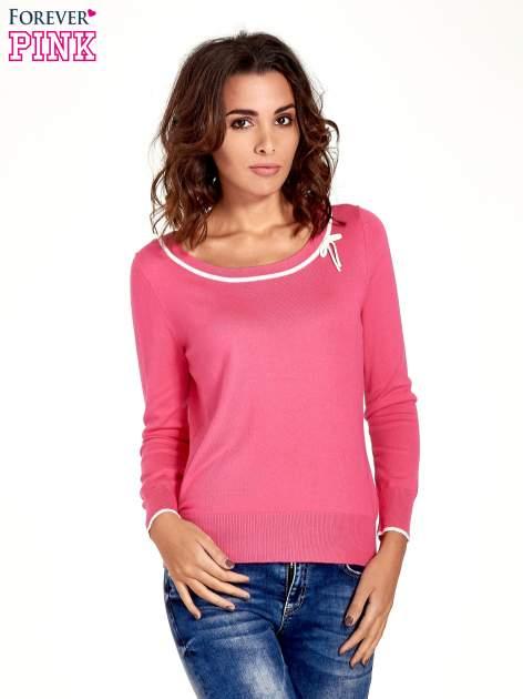 Różowy sweterek z kokardką przy dekolcie                                  zdj.                                  1