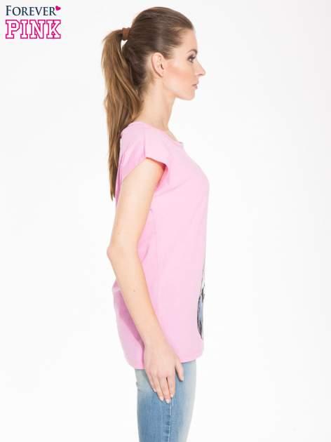 Różowy t-shirt z dużym nadrukiem zebry                                  zdj.                                  2