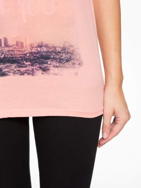 Różowy t-shirt z napisem HEAVEN IS A PLACE ON EARTH WITH YOU                                  zdj.                                  6