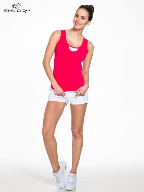 Różowy top sportowy z białym obszyciem z dżetami                                  zdj.                                  2