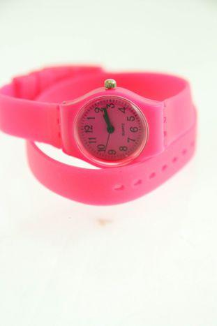 Różowy zegarek damski na silikonowym pasku