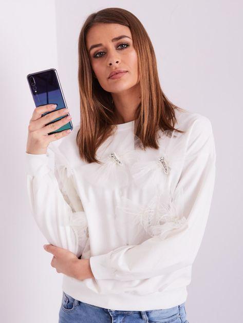 SCANDEZZA Biała bluza z aplikacją                              zdj.                              8