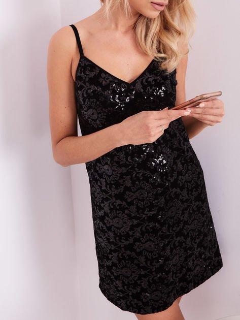 Czarna sukienka mini                               zdj.                              2