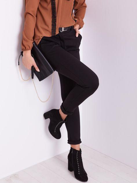SCANDEZZA Czarne spodnie damskie                              zdj.                              4