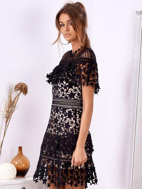 Czarno-beżowa koronkowa sukienka w gwiazdki                              zdj.                              3