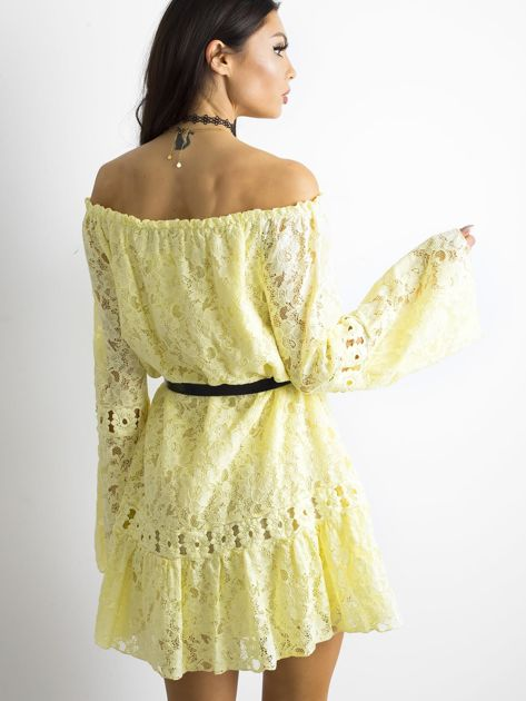Żółta sukienka z hiszpańskim dekoltem                              zdj.                              2