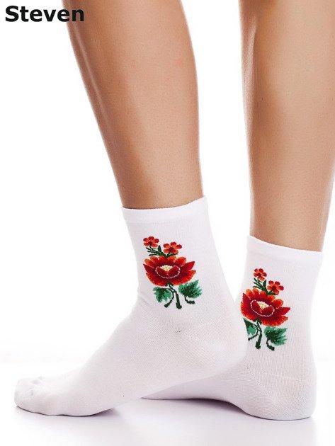 STEVEN Białe skarpety bawełniane kwiatem folkowym                                  zdj.                                  1