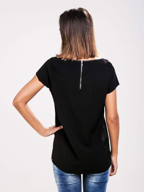 STRADIVARIUS Czarny t-shirt ze wstawkami z siateczki                                  zdj.                                  2