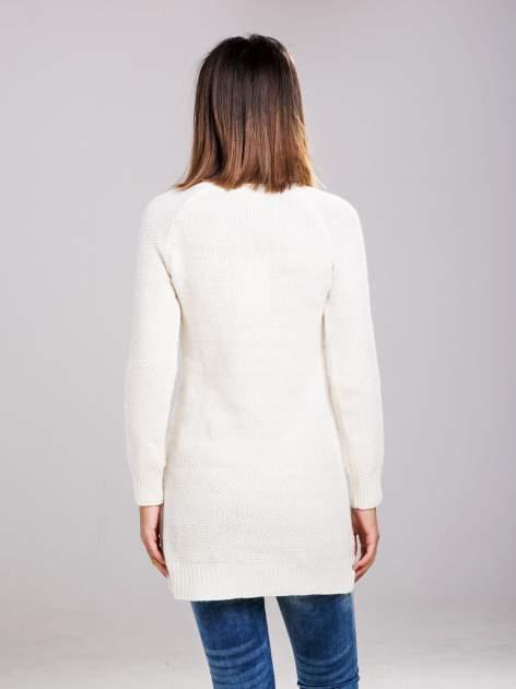 STRADIVARIUS Ecru długi sweter z łączonych materiałów                                  zdj.                                  2