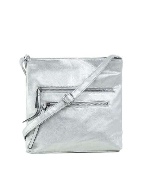 Srebrna torba z kieszeniami