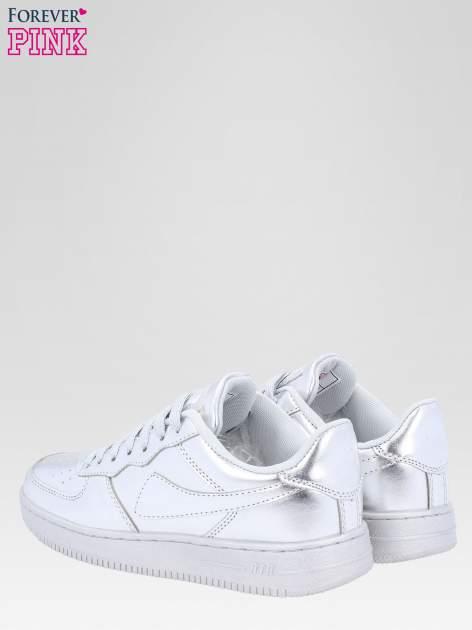 Srebrne buty sportowe faux leather Mousse na grubej podeszwie                                  zdj.                                  5