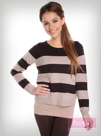 Sweter w paski