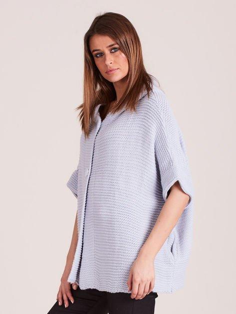 Sweter z kapturem i guzikami niebieski                              zdj.                              2