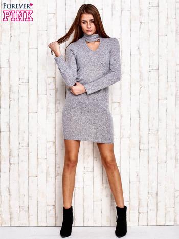 Sweterowa sukienka z wycięciem szara                                  zdj.                                  2
