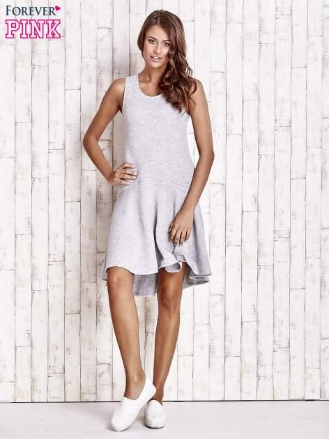 Szara asymetryczna sukienka z falbaną                                  zdj.                                  4
