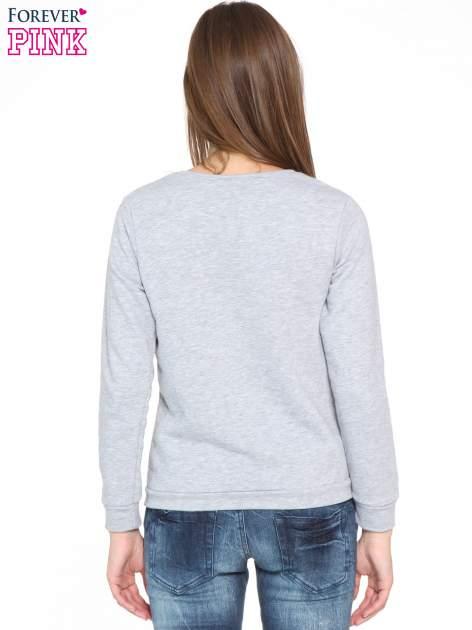 Szara bluza dresowa z nadrukiem LET'S FIND SOME BEAUTIFUL PLACE TO GET LOST                                  zdj.                                  2
