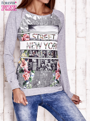 Szara bluza z miejskim nadrukiem                                  zdj.                                  1