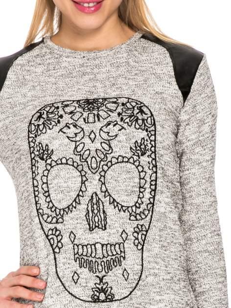 Szara długa bluza z nadrukiem czaszki                                  zdj.                                  5