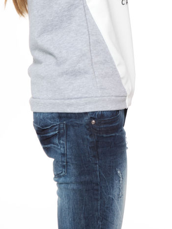 Szara dresowa bluza z kotem z motywem Instagrama                                  zdj.                                  8