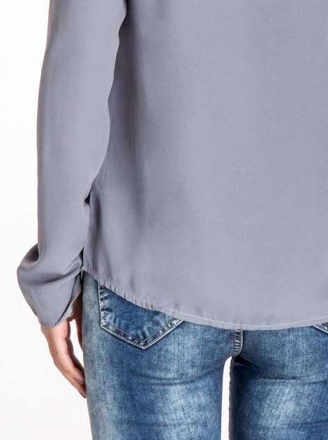 Szara koszula z kokardą z frędzlami                                  zdj.                                  7