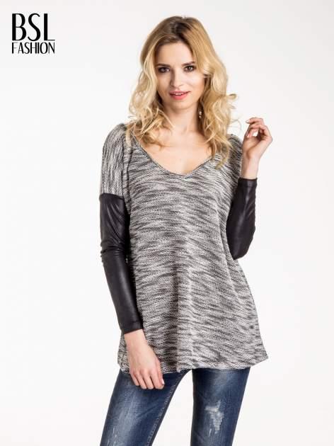 Szara melanżowa bluza ze skórzanymi rękawami                                  zdj.                                  1