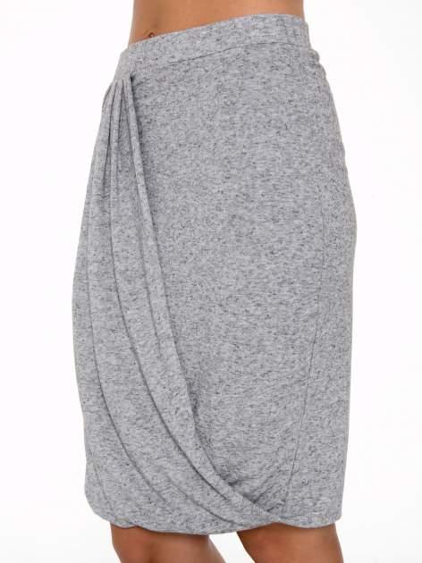 Szara melanżowa spódnica z drapowaniem                                  zdj.                                  7