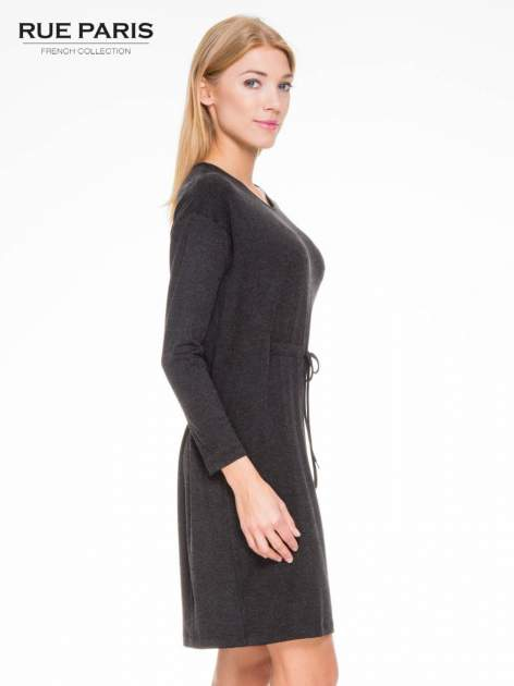 Szara melanżowa sukienka z wiązaniem w talii                                  zdj.                                  3