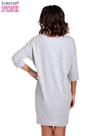 Szara sukienka z rękawem za łokieć                                  zdj.                                  4