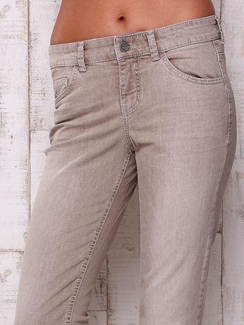 Szare spodnie z prostą nogawką                                  zdj.                                  4