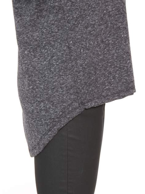 Szarogranatowa bluzka oversize o obniżonej linii ramion                                  zdj.                                  8