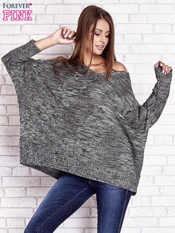 Szary melanżowy sweter oversize o kroju nietoperz                                  zdj.                                  3