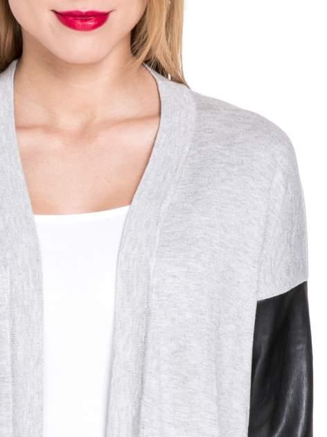 Szary sweter kardigan ze skórzanym rękawami 3/4                                  zdj.                                  5