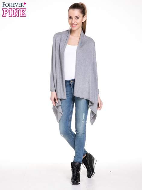 Szary sweter narzutka z kaskadowymi bokami                                  zdj.                                  2