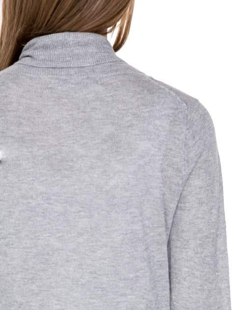 Szary sweter narzutka z wywijanymi rękawami                                  zdj.                                  7