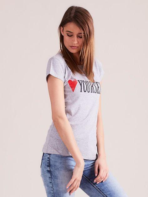 Szary t-shirt damski z nadrukiem                              zdj.                              3