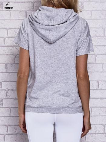 Szary t-shirt z kapturem i napisem WORK IT                                  zdj.                                  4