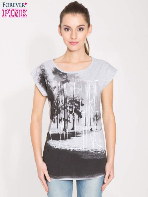 Szary t-shirt z nadrukiem NATURE