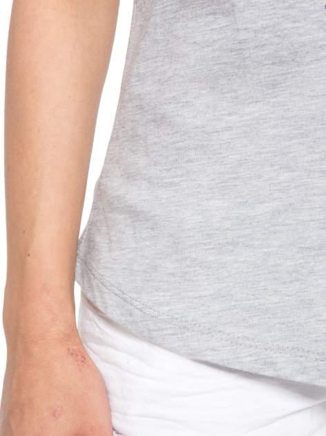 Szary t-shirt z nadrukiem kwiatowym PRETTY GIRL                                  zdj.                                  6