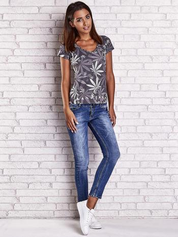 Szary t-shirt z nadrukiem liści weed ganja                                  zdj.                                  4