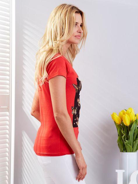T-shirt czerwony z motylami                              zdj.                              3